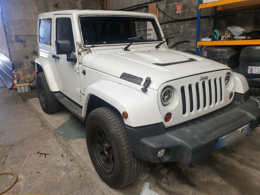 Jeep Wrangler : Remplacement d'un pare-brise