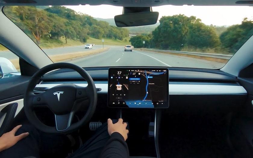 Tesla : l'Autopilote 100% autonome
