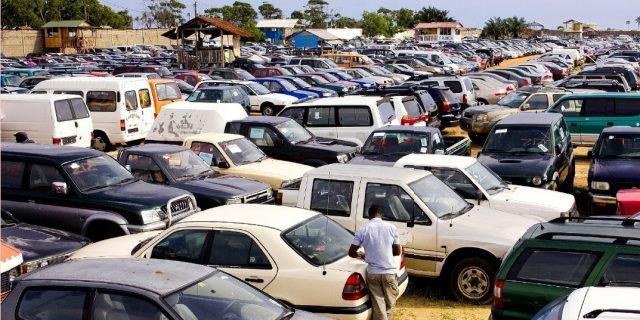 Des voitures polluants importés en Afrique